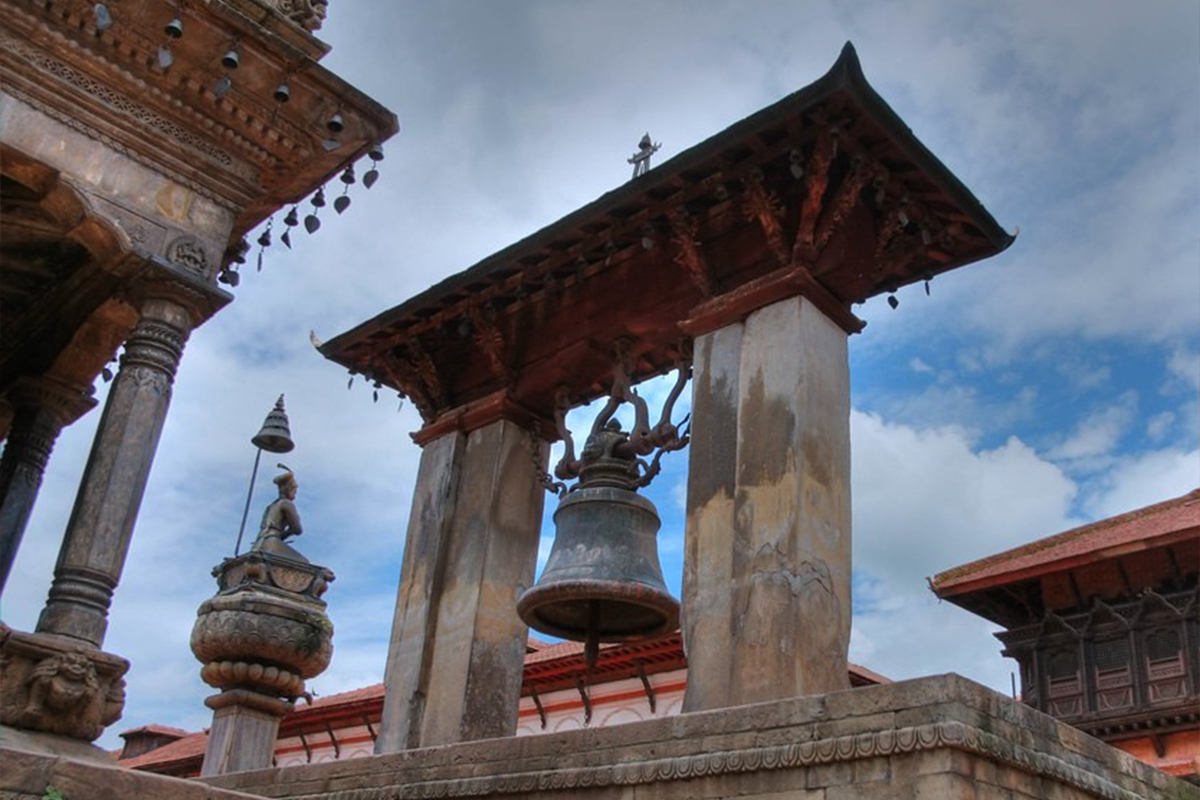 Taleju bell ( Tagoun Ghan); the big bell of Bhaktapur Durbar Square image