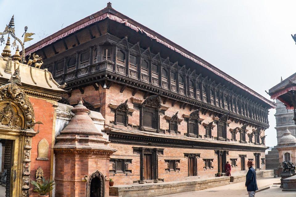 55 windowed palaces