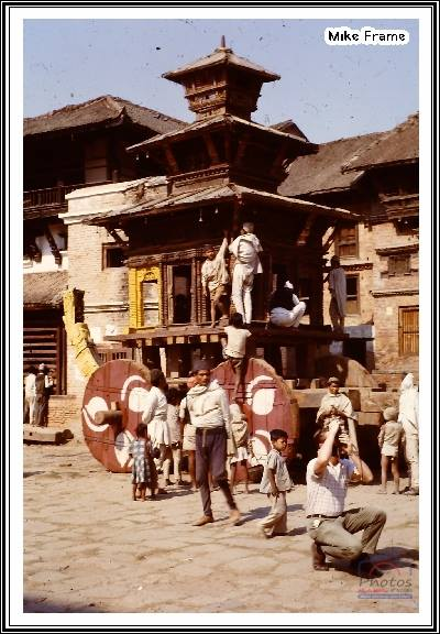 Preparation of the chariot 1963 image