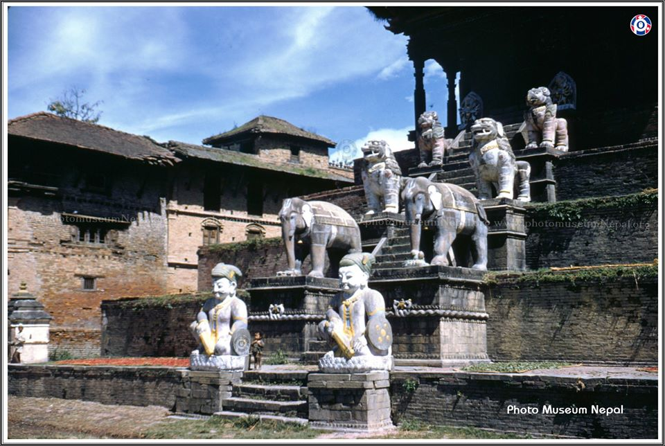 Staircase of Nyatapola Temple 1959 image