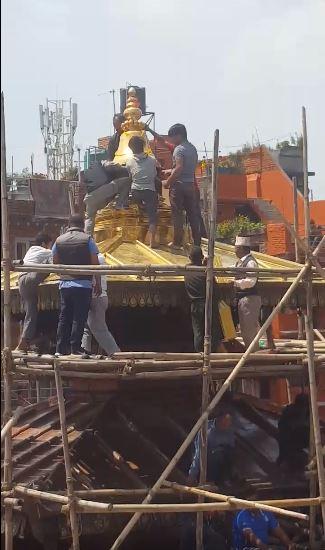 Installing new Gajur to the underconstructed Balkumari Temple at Thimi image