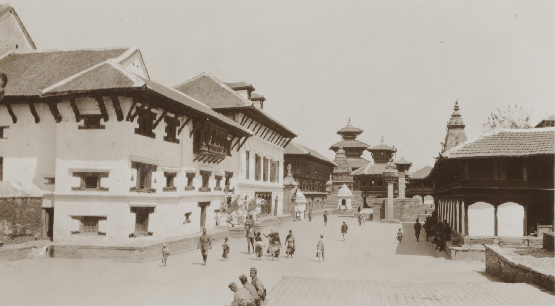 Durbar Square during 1932-34 image