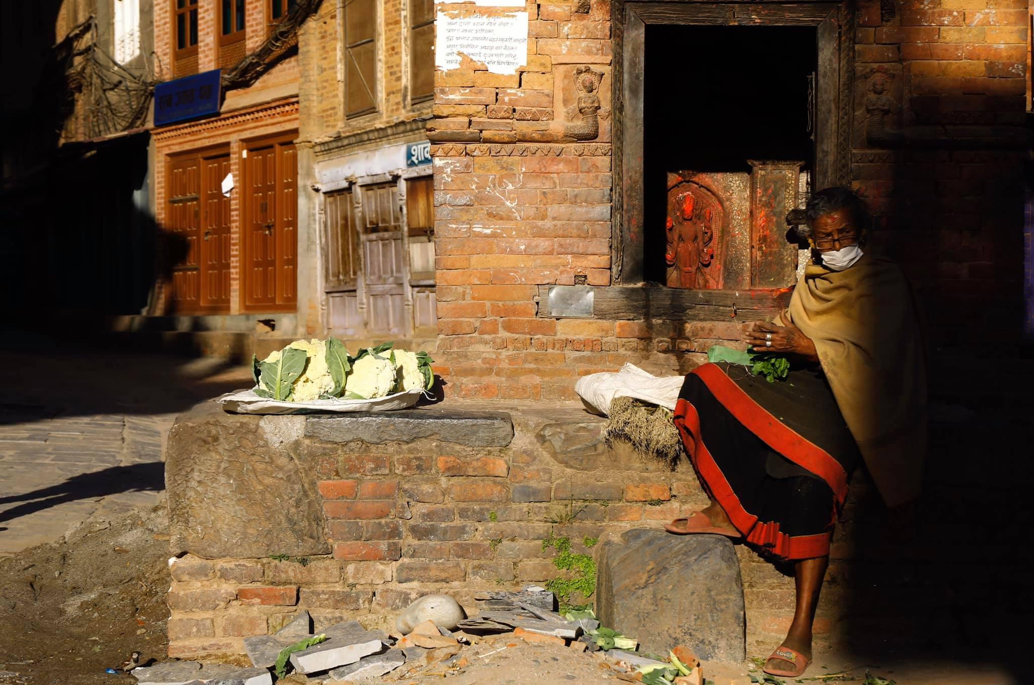 https://www.bhaktapur.com/wp-content/uploads/2020/06/women-selling-vegitables-during-lockdown-Dipendra-Dhungana-1.jpg