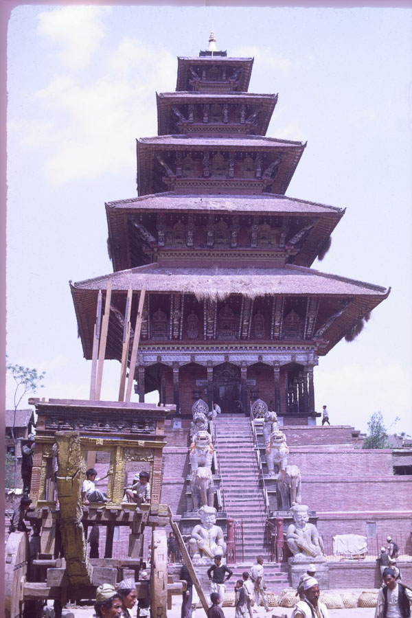 Building the chariot for Bisket Jatra at Nyatapola temple (1969) image