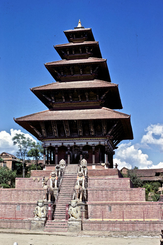 Bhaktapur, Bhaktapur Description: Nyatapola Temple with its five-tier roof (1968) image