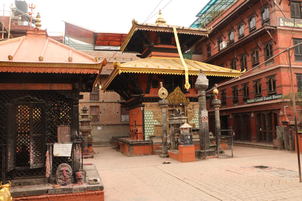 Til Madhav Narayan Temple