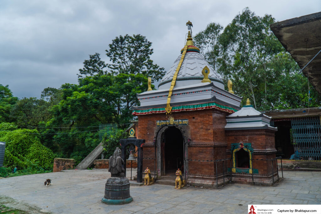 Shree 3 Vishnu Bir mai temple