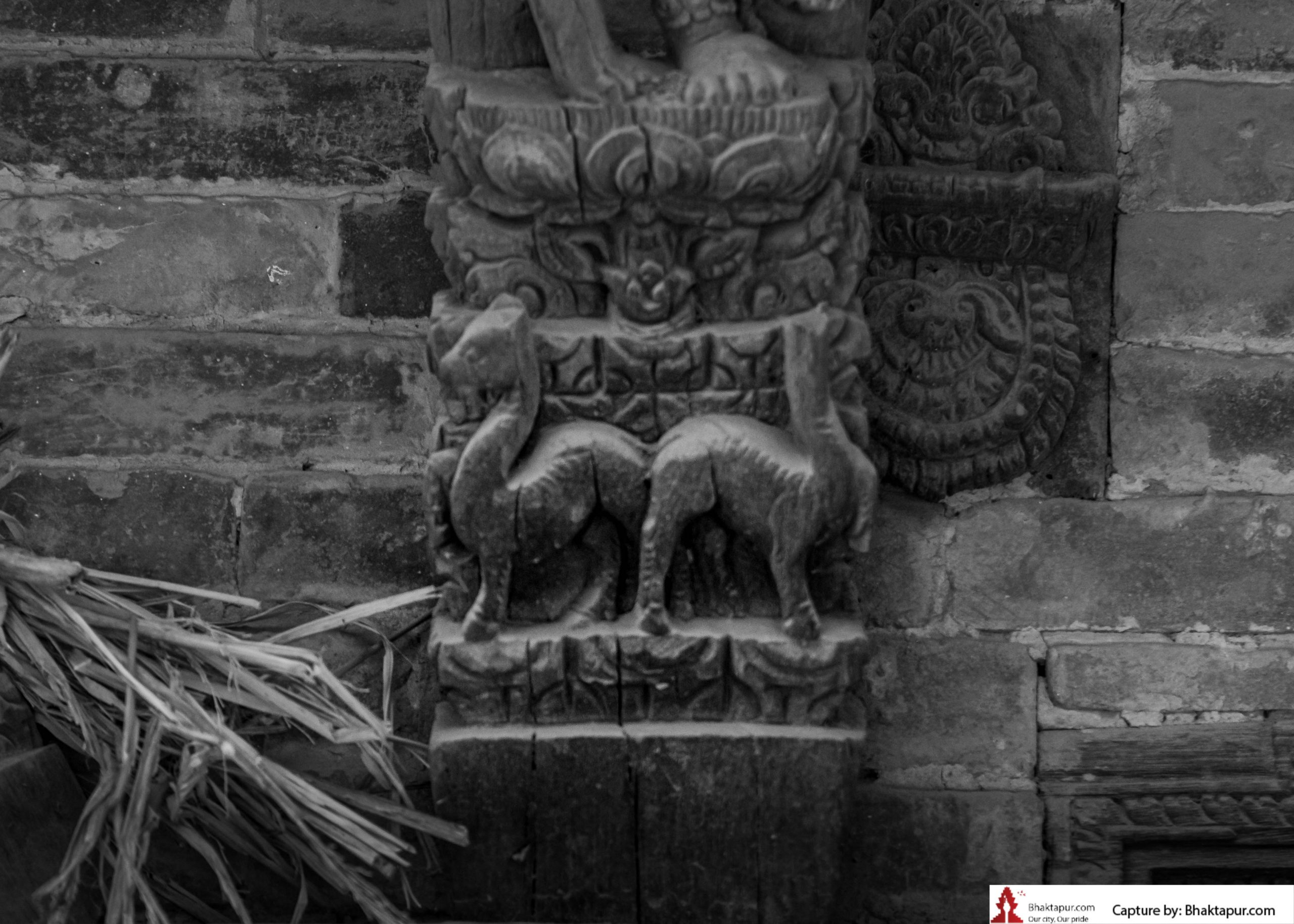 https://www.bhaktapur.com/wp-content/uploads/2021/08/erotic-carving-118-of-137-scaled.jpg