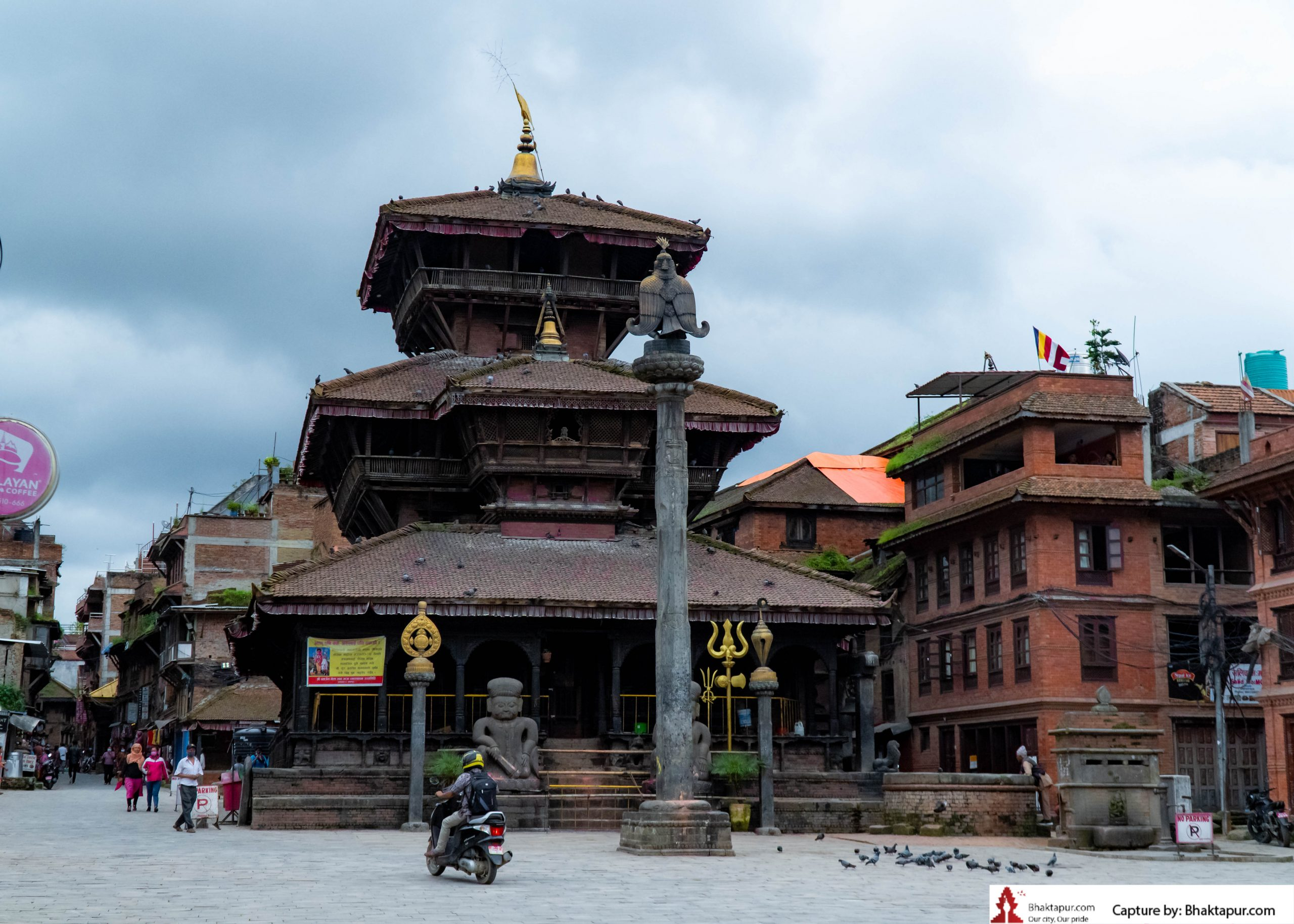 https://www.bhaktapur.com/wp-content/uploads/2021/08/erotic-carving-31-of-137-scaled.jpg